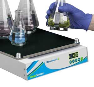MAGic Clamp™ universal platform for flasks & tube racks
